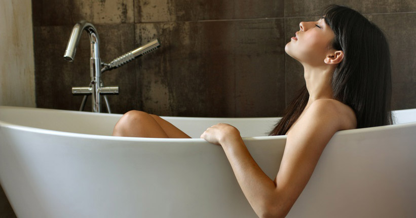 Ultimate DIY Detox Bath - 5 Minute Tutorial